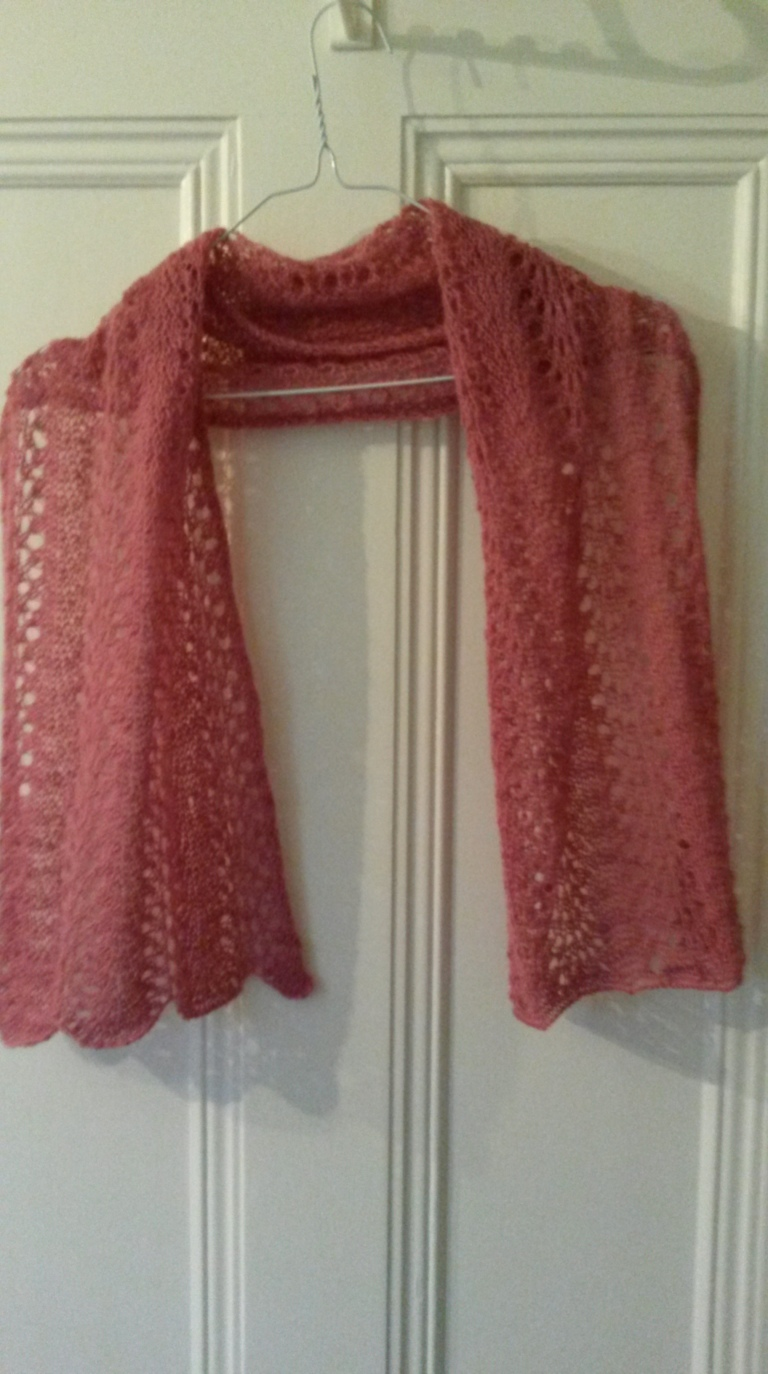 Feather and Fan Short Scarf