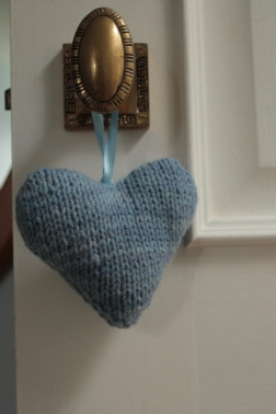 knitted-heart-1