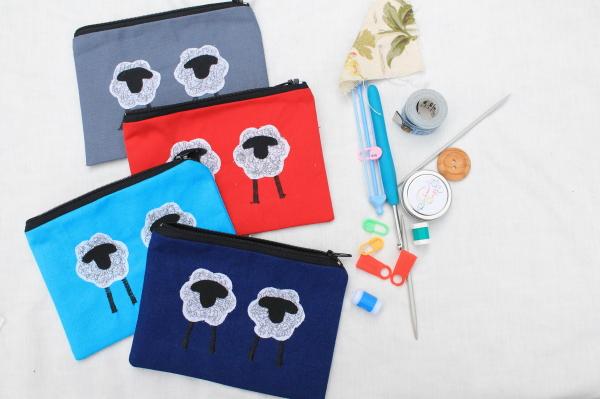 Small Knitting kit purse Group shot