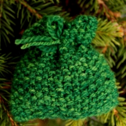 moss stitch Santa sack