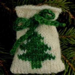 Simple Christmas Tree Santa sack - Copy